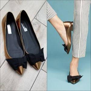 Elysess patent leather bow metallic shoes